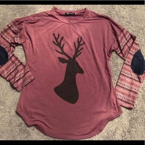 ‼️‼️‼️ SOLD ‼️‼️‼️ Deer Long Sleeve with patches